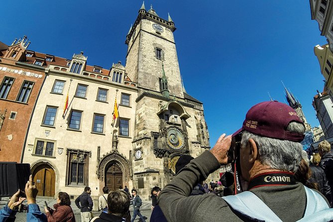 Prague Private Old Town Walking Tour with Cafe Stop