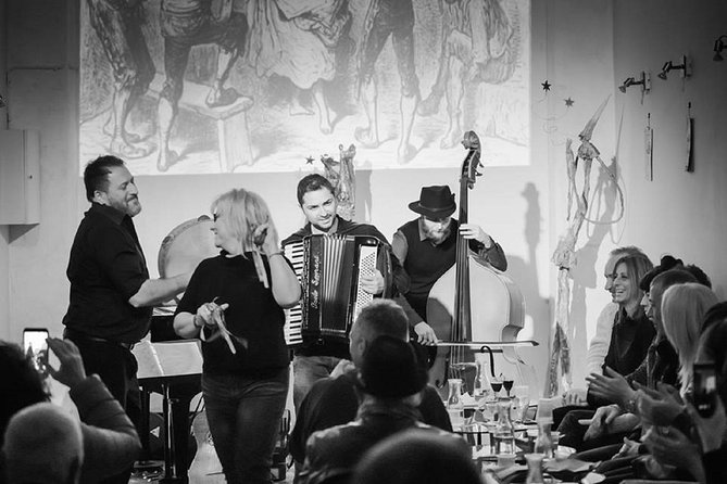 Skip the Line: Traditional Neapolitan Music Concert Ticket