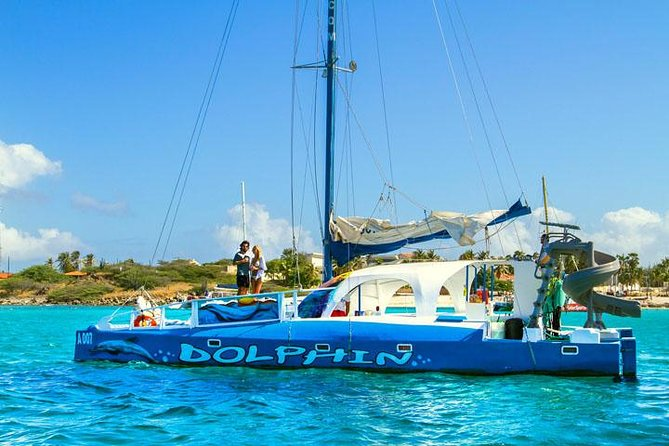Catamaran Dolphin Snorkeling Cruise in Aruba with light Lunch