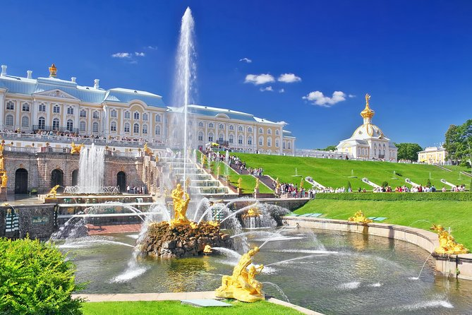 1-Day St Petersburg PRIVATE Tour to Peterhof skip-the-line