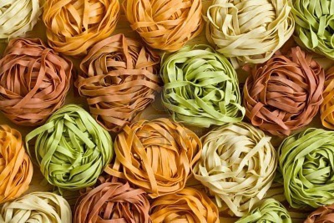 Traditional Home Made Coloured Pasta Cooking Experience in Arezzo