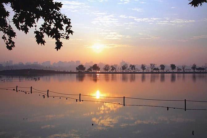 Half Day Customized Hangzhou Tour with Flexible Departure Time