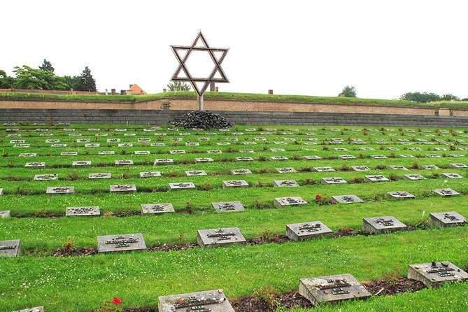 Private tour to Terezin incl guide and transport