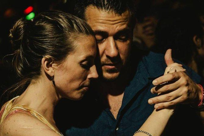 Tango lesson and Milonga tour