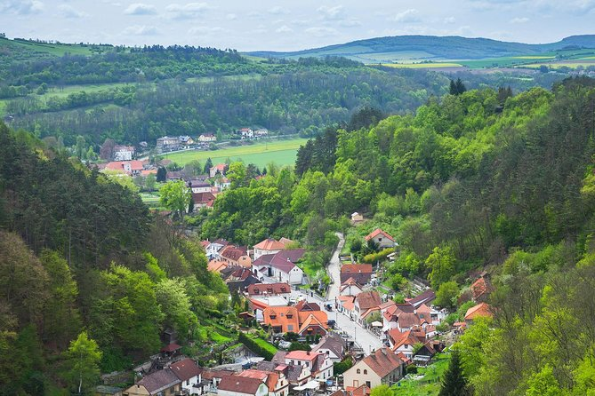 Munich-Prague One-Way Sightseeing Tour Bus
