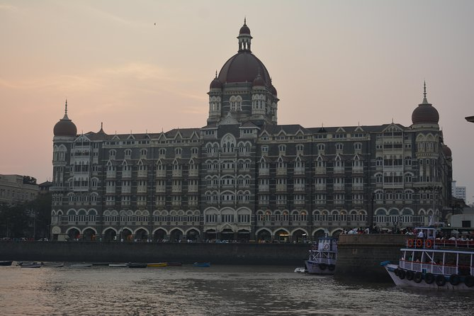 Private Full-Day Mumbai Sightseeing Tour with Dharavi Slums