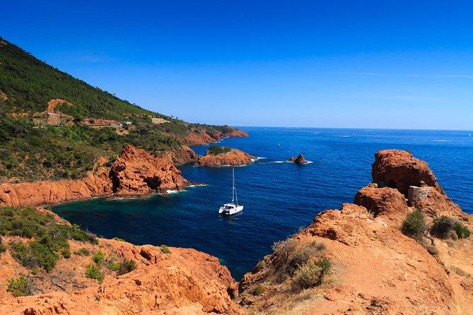 Combo Ile Sainte-Marguerite Ferry & Corniche d'Or Cruise from Cannes