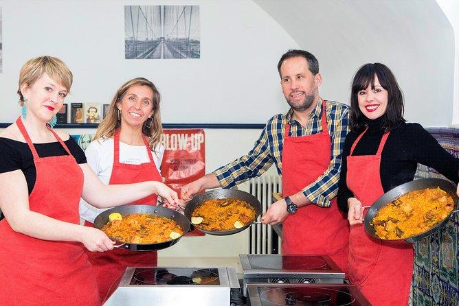 Traditional Paella & Tortilla & Sangría . Cooking Class