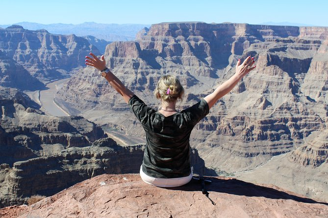 Grand Canyon Tour In Spanish With Skywalk and Lunch Included