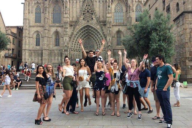 Boqueria & Tapas Walking Tour in Barcelona with Optional UNESCO-Human Tower