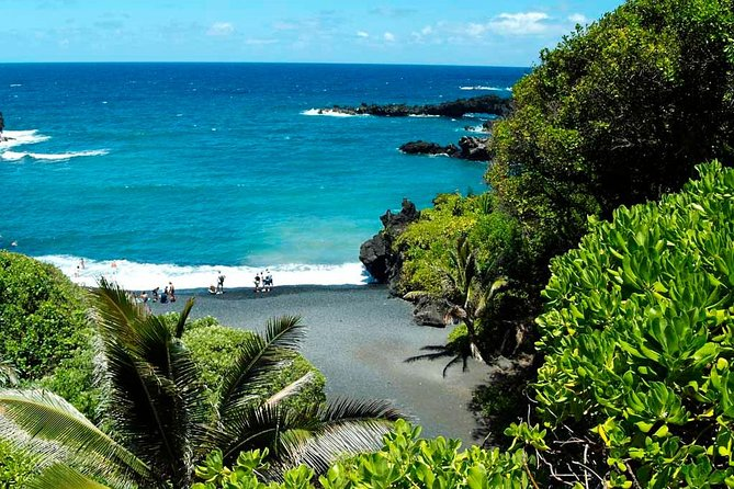 Road to Hana Tour with Lunch and Pickup