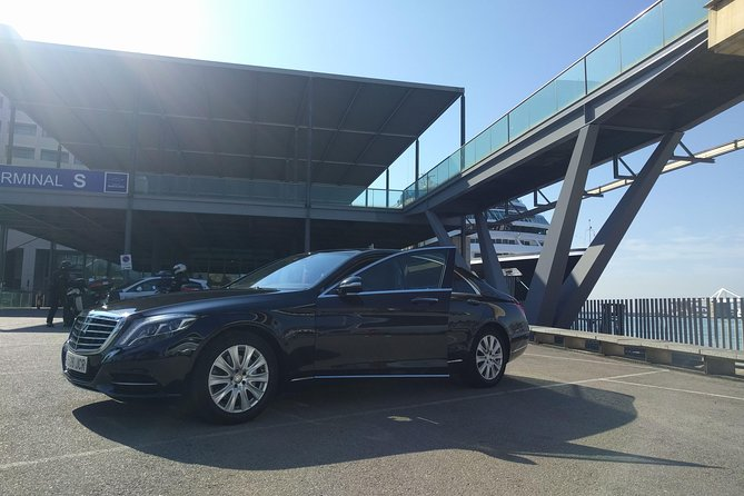 Barcelona Highlights Private Tour in a chauffeured Mercedes-Benz
