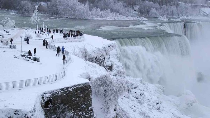 Niagara Falls Winter Wonderland American Tour (small group)