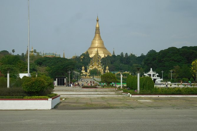 Yangon City Tour with Lunch and Dinner