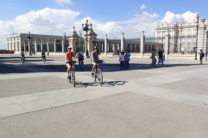 Guided Afternoon Bike Tour in Madrid