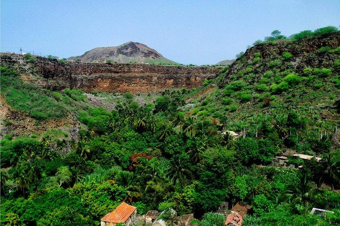Trekking Calabaceira Valley + Highlights of Cidade Velha
