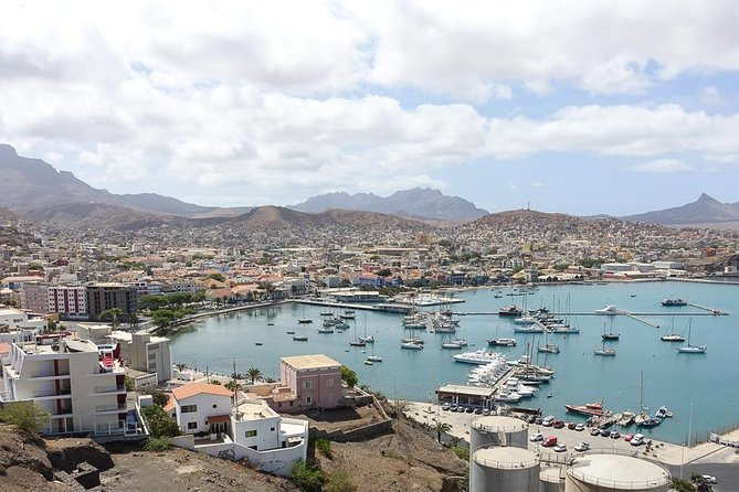 Full-Day São Vicente Island Tour with Lunch