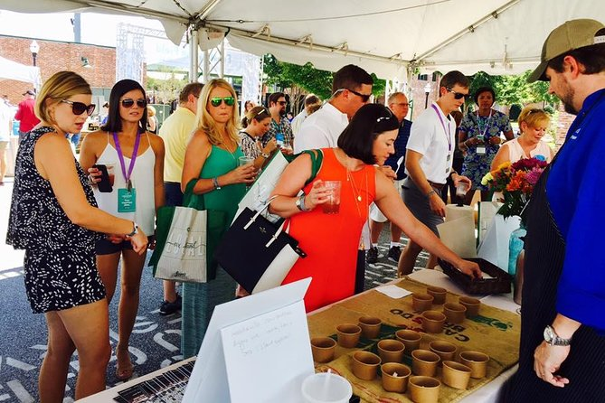 Undiscovered Charleston: Half Day Food, Wine & History Tour with Cooking Class