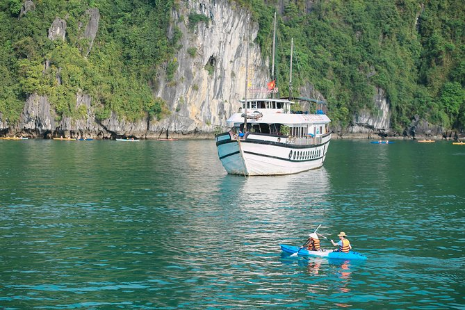 LUXURY Halong Bay 3 Days 2 Nights on Viola Cruise 4**** from Hanoi