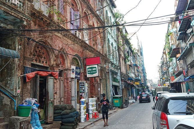 Yangon Walking Tour (Culture)