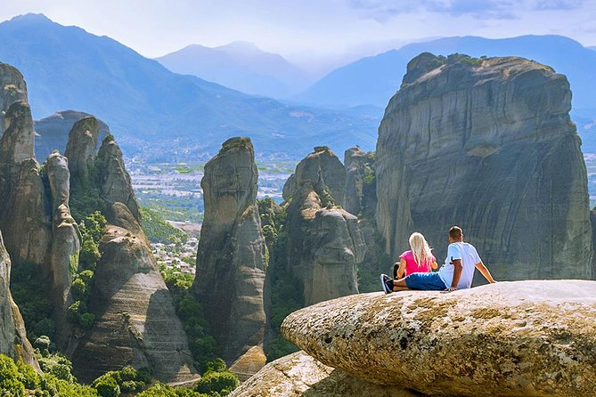 Meteora's Wonder-Sightseeing Tour