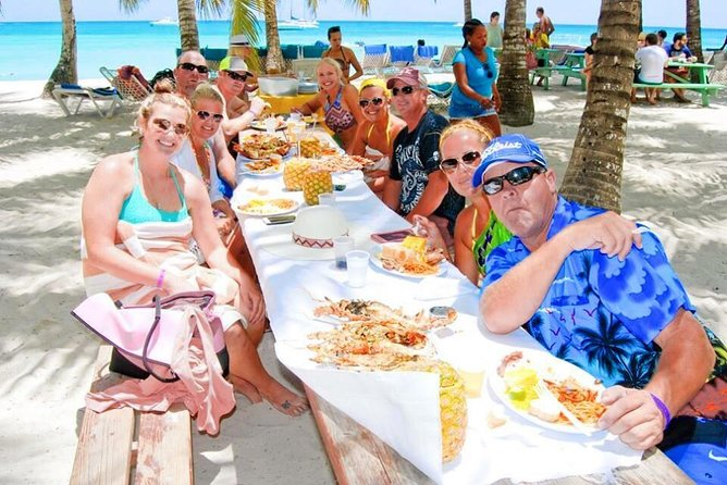 Platinum Private Saona Island Tour for Groups of 10+ People