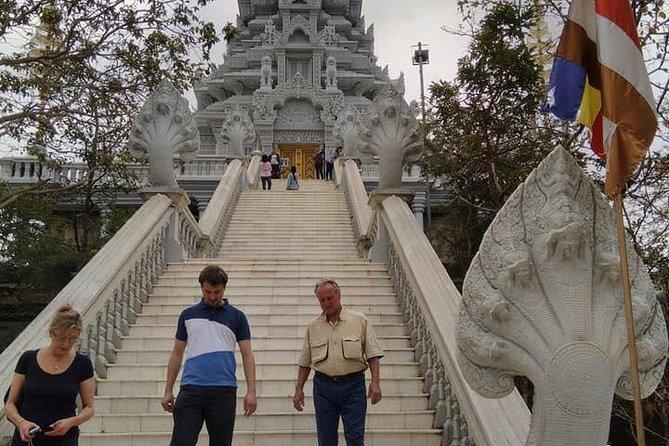 Phnom Penh Tour Guides