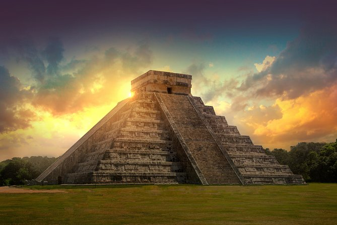 Chichen Itza Early Access with Lunch Buffet Private Tour