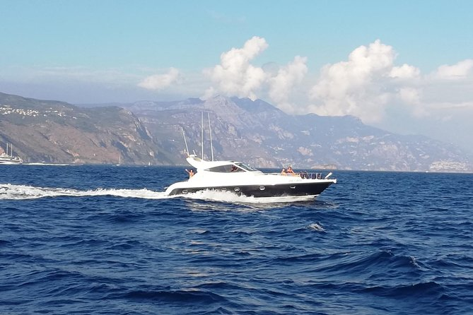 Cruise from Naples to Capri and Amalfi Coast - yacht 50'