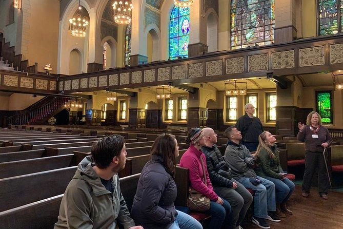 Train & Walking Tour: Chicago's Prairie District - Street of the Elite