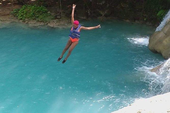 Blue Hole and Konoko Falls Park Private Tour