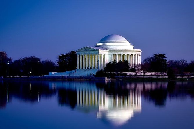 Departure Private Transfer Washington DC to Dulles Airport IAD by Business Car