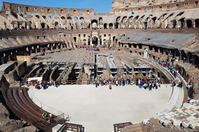 Fast track: Colosseum with Arena floor entrance, Forum and Palatine Hill tour