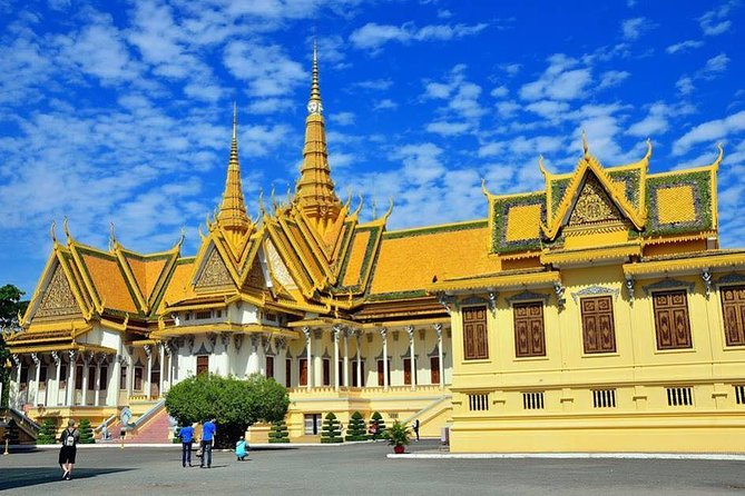 Full-Day Phnom Penh City Tours ( Entrace fees included)
