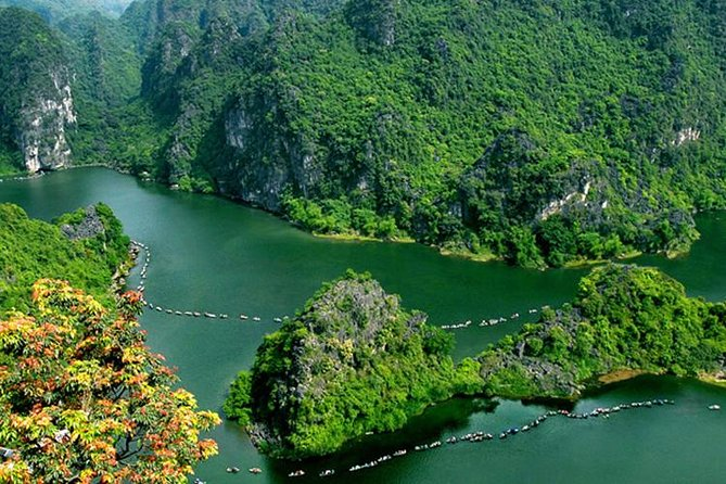 Bai Dinh pagoda & Trang An grottoes one day trip