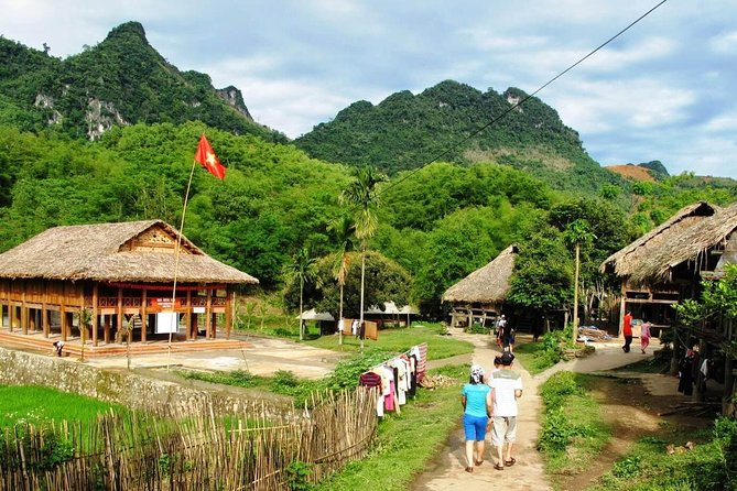 Private tour to Mai Chau Valley full day