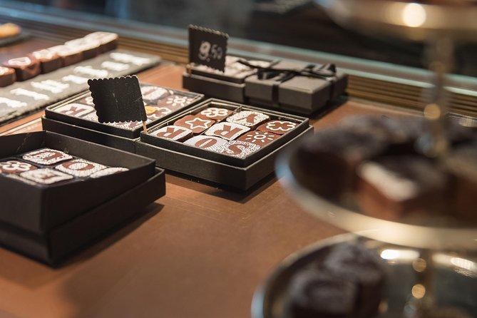 Boutique Chocolate Store Tour in a Private TaxiBike: Geneva