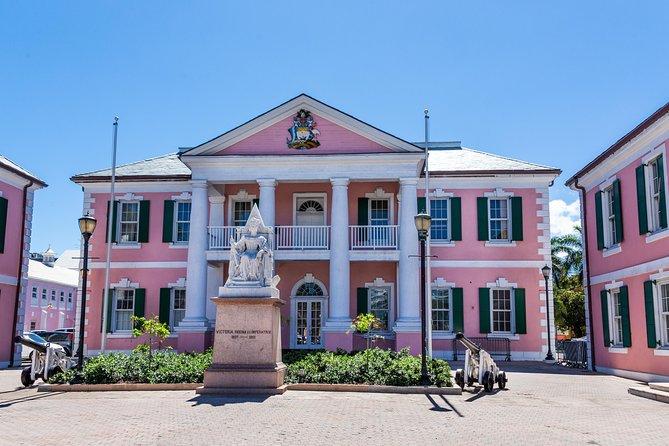 Dilly Dally Walking Tour of Nassau