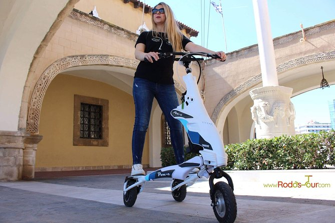 Explore the new town and the medieval town of Rhodes on scooters - 3 hours