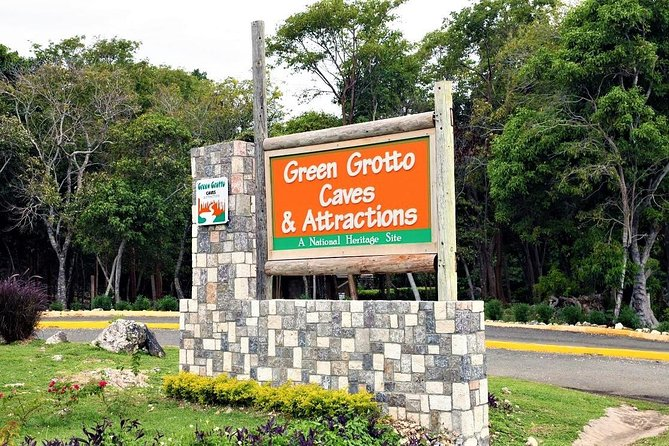 Green Grotto Caves Excursion from Kingston