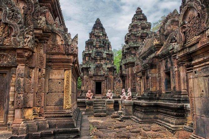 Grand Tour and Banteay Srei Group Tour