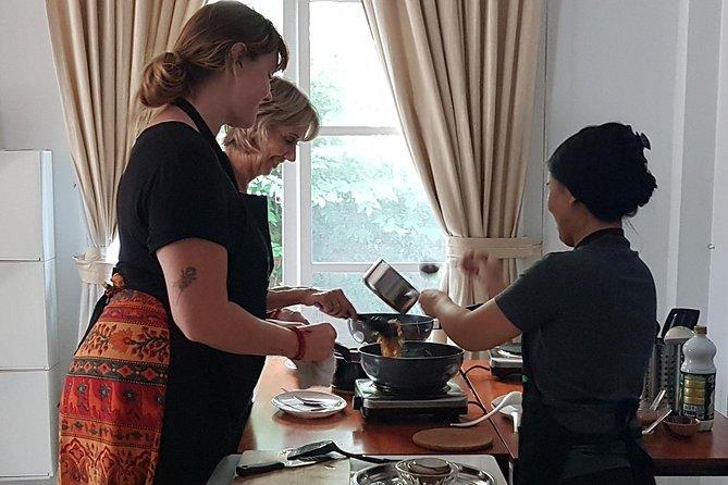 Private Customizable Thai Cooking Class