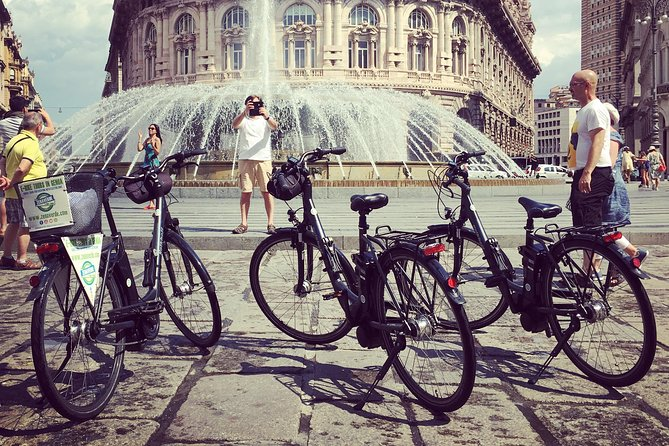 Discover Genoa with the electric bike