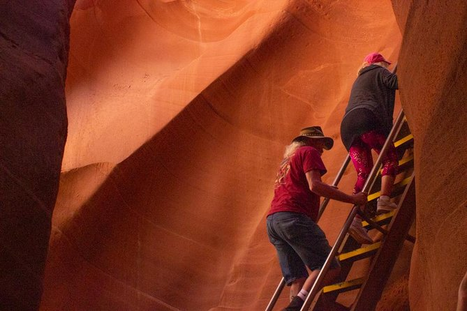 Private Lower Antelope Canyon Day Tour