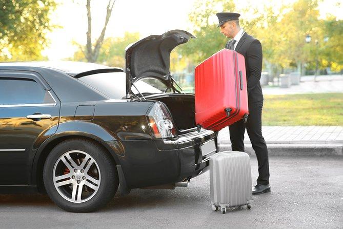 Transfer in Private Car from Las Vegas City Center to Las Vegas McCarran Airport
