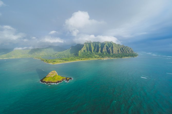 "Private Helicopter Charter - Oahu ""Magnum Experience"" (50 Minute)"