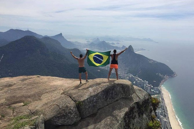 Pedra da Gávea - hiking private tour with safety equipment