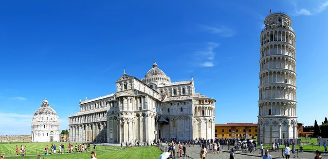 PRIVATE Transfer Pisa - Firenze with stop in Lucca 2h