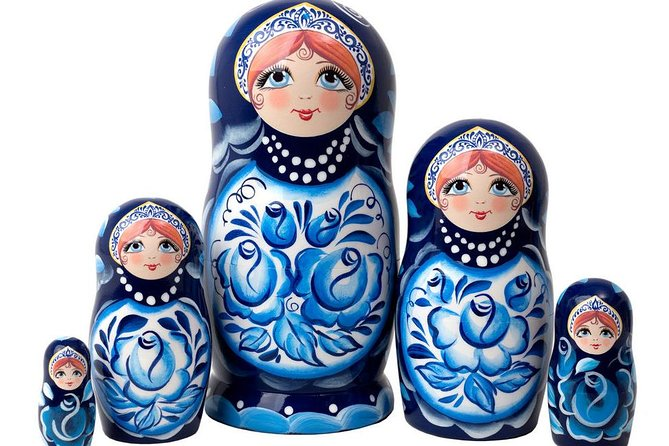 Private master-class of Russian doll Matryoshka painting with roundtrip transfer
