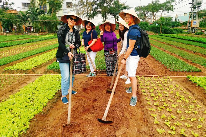 Da Nang Cooking Class with Market tour and Vegetable Garden in outskirt